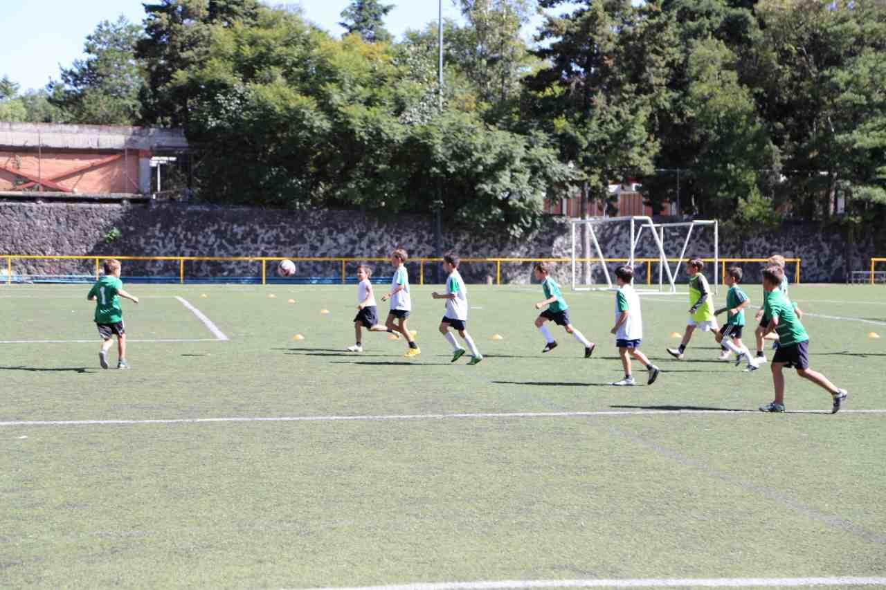 futbol-deportes-ideales-colegio-privado-para-ninos