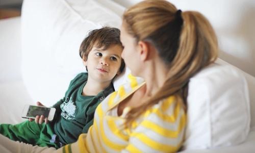 ensenar-resolver-conflicto-hijo-preprimaria-privada-nino