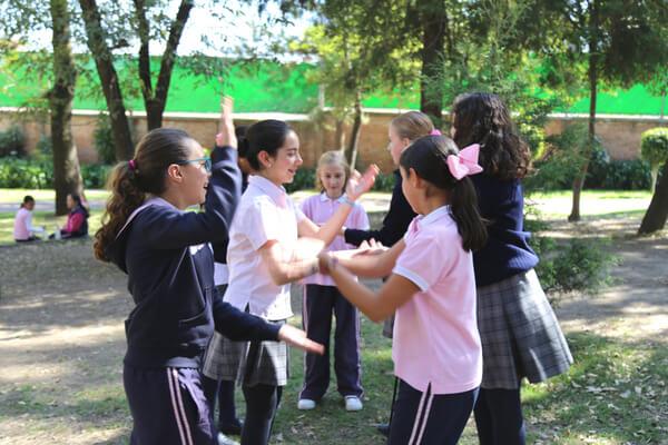 colegio-bilingue-para-ninas-mejor-opcion-educativa