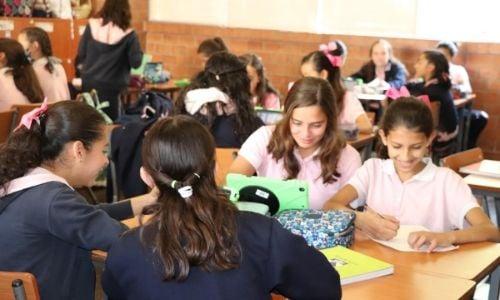 razones-hija-estudie-colegio-para-ninas-2-1