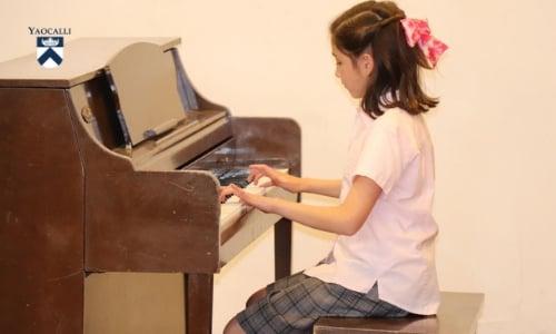 tocar-piano-mejora-inteligencia-emocional-cognitiva-1